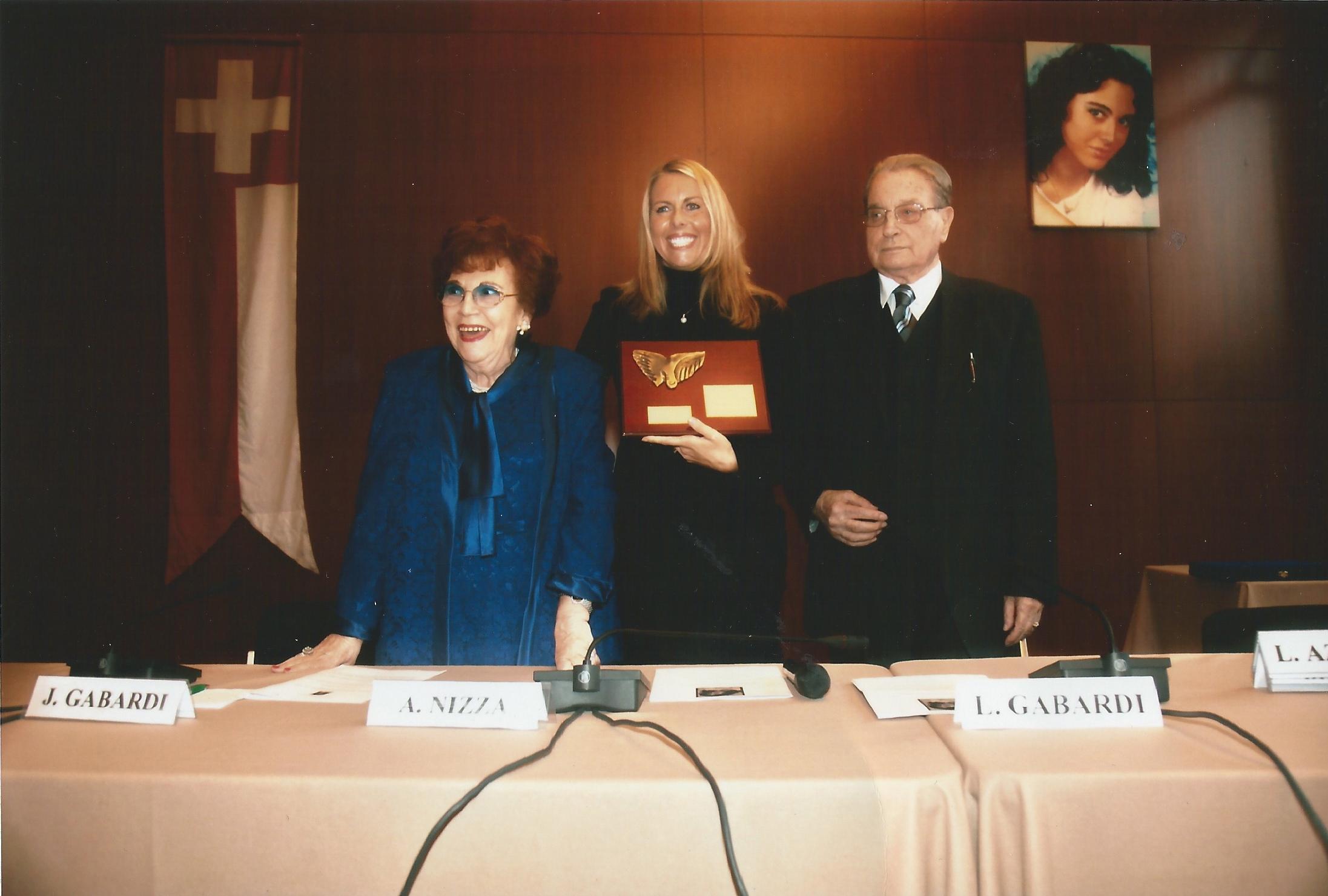 "Premio Internazionale ""Myrta Gabardi"""